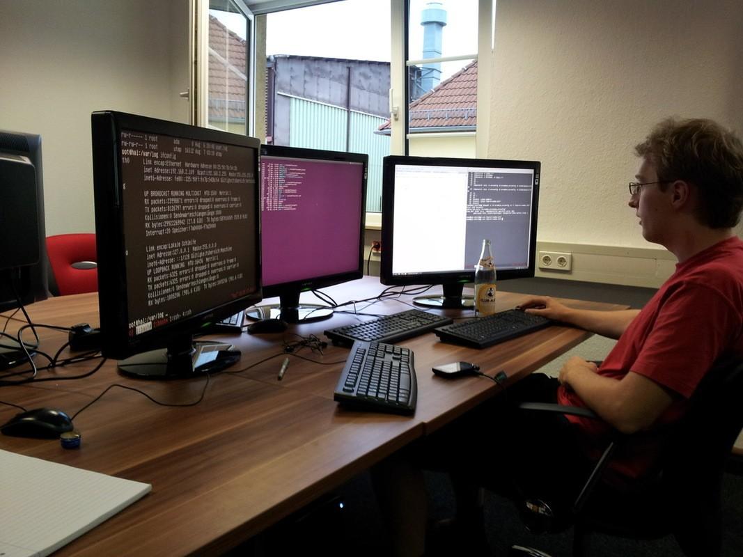 Einrichtung des Servers und der PCs im Multitasking-Betrieb